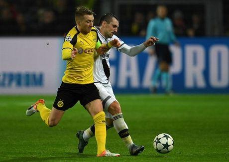 Ghi 8 ban, Reus lap hat-trick, Dortmund 'dan mat' ca troi Au - Anh 2