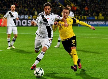 Ghi 8 ban, Reus lap hat-trick, Dortmund 'dan mat' ca troi Au - Anh 3