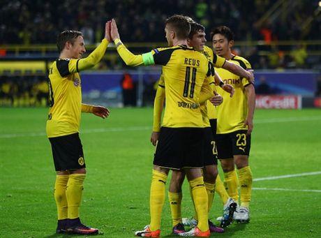 Ghi 8 ban, Reus lap hat-trick, Dortmund 'dan mat' ca troi Au - Anh 6