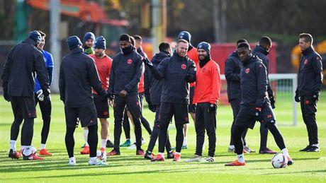 'Ga he' Rooney tro thanh tam diem tren san tap cua Man Utd - Anh 6
