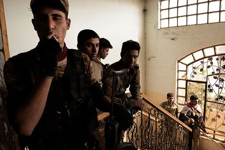 Noi kinh hoang cua dan ti nan chay khoi Mosul - Anh 10