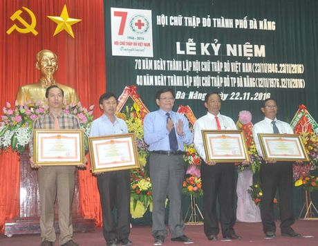 KY NIEM 70 NAM NGAY THANH LAP HOI CHU THAP DO VIET NAM (23-11-1946 - 23-11-2016):'Cau noi' khoi day long nhan ai - Anh 1