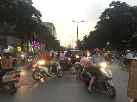 Chuan bi thi cong tuyen Metro, duong Kim Ma hon loan - Anh 4