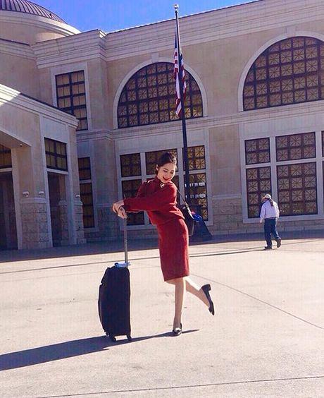 Sao Viet 23/11: Lilly Nguyen bi nghi khong mac ao, Ha Lade khoe bung bau - Anh 7