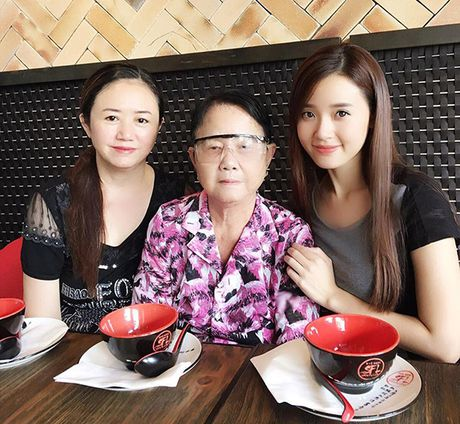 Sao Viet 23/11: Lilly Nguyen bi nghi khong mac ao, Ha Lade khoe bung bau - Anh 9