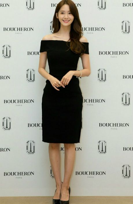 Yoon Ah doi 2 style khac biet trong cung ngay - Anh 2
