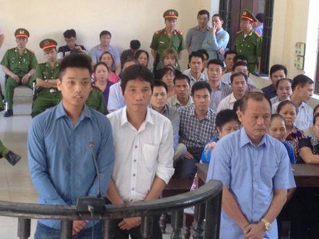 Trum giang ho Minh 'sam' va dan em sap phai hau toa phien phuc tham - Anh 1