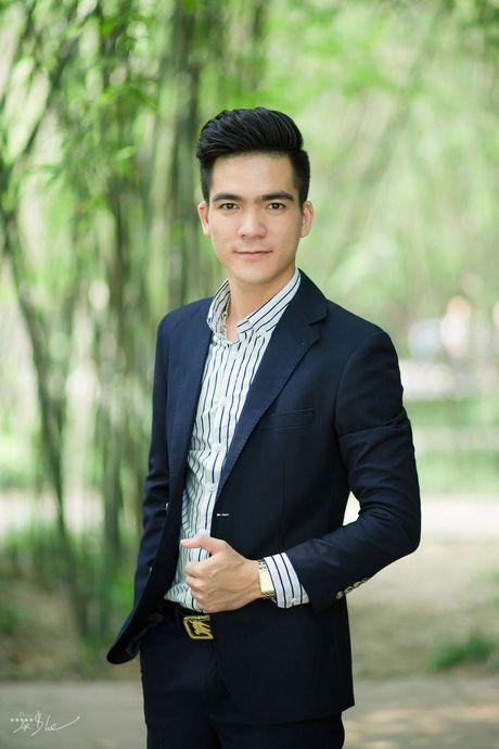 Tran Huu Tuan, Bui Thi Thuy 'gay bao' voi clip gian di hat o benh vien - Anh 5