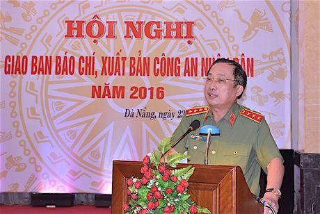 Giao ban Bao chi, xuat ban CAND nam 2016 - Anh 4
