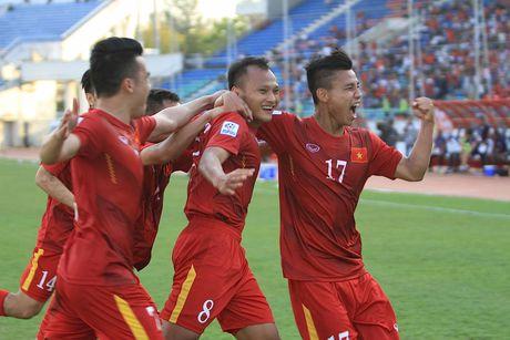 Trong Hoang 'no sung', tuyen Viet Nam ha Malaysia - Anh 1