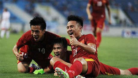 Malaysia se 'cham soc dac biet' Cong Vinh va Van Quyet - Anh 1