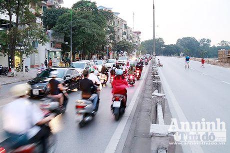 Vat va phan luong giao thong phuc vu thi cong duong sat do thi Nhon – Ga Ha Noi - Anh 2