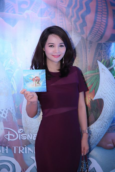'Sao' Viet no nuc di xem sieu pham phim hoat hinh cua Disney - Anh 10