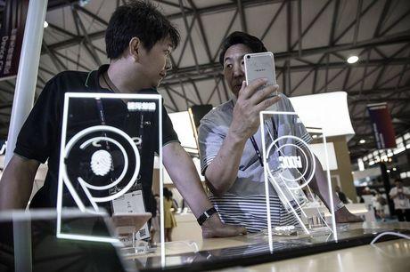 Lam the nao Oppo, Vivo danh bai duoc Apple tai Trung Quoc? - Anh 3