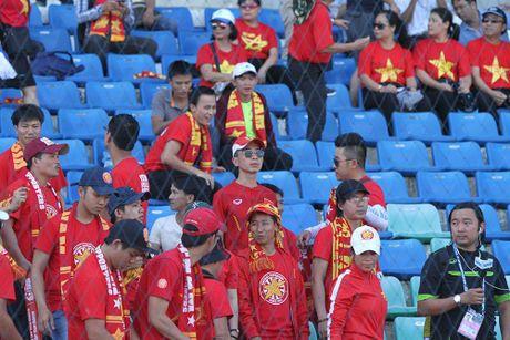 Trong Hoang ghi ban vao luoi Malaysia, tuyen VN thang tien ban ket AFF Cup - Anh 5
