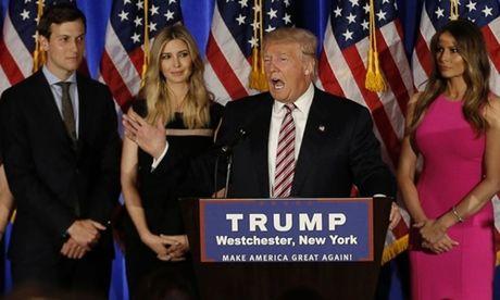 Luat khien con cai Trump khong duoc vao co quan lien bang My - Anh 1
