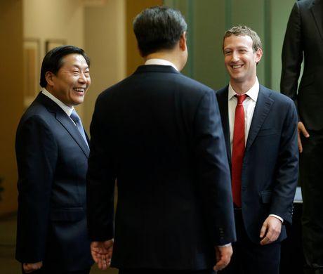 Facebook chap nhan kiem duyet de tro lai Trung Quoc? - Anh 2