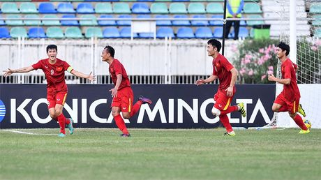 Danh bai Malaysia, tuyen Viet Nam vao ban ket AFF Cup 2016 - Anh 3