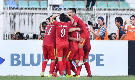 Danh bai Malaysia, tuyen Viet Nam vao ban ket AFF Cup 2016 - Anh 4
