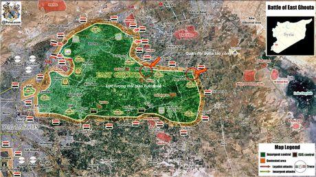 Ve binh Syria tap kich du doi phien quan o ngoai vi Damascus - Anh 2