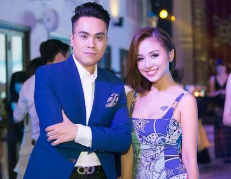 Chet lang voi thong tin MC Thanh Van Hugo xinh dep bi hong mat va mat giong noi - Anh 3
