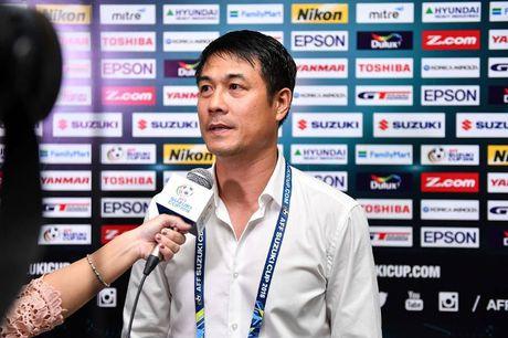 HLV Nguyen Huu Thang: 'Tinh than giup cac cau thu Viet Nam vuot qua kho khan ve the luc' - Anh 1