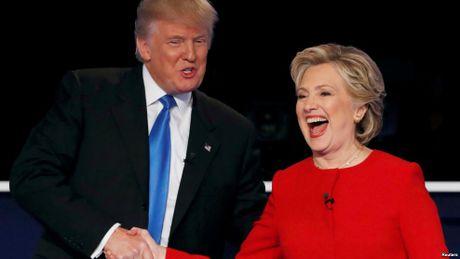 Ong Trump doi y, khong dieu tra ba Clinton - Anh 1