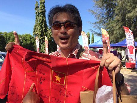 Truc tiep Viet Nam – Malaysia: Thanh Luong du bi, Van Toan va Dinh Dong mat cho - Anh 4