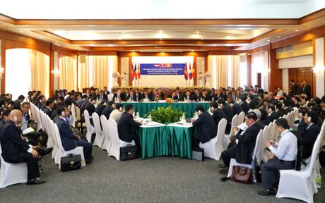 Thu tuong Nguyen Xuan Phuc du Hoi nghi Cap cao CLV9 - Anh 1