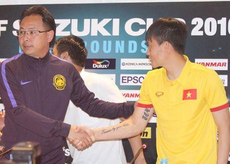 Cau chuyen the thao: Cong Vinh va HLV Ong Kim Swee - Anh 1