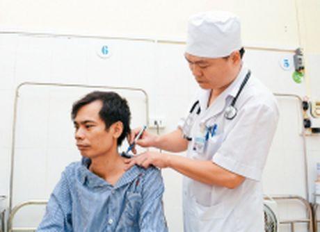 Bao dong tinh trang gia tang nguoi lao dong mac benh nghe nghiep (Tiep theo va het) (*) - Anh 1