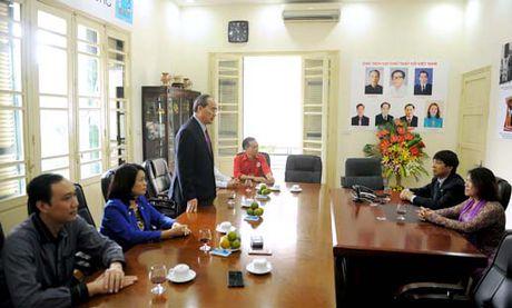 Chu tich Nguyen Thien Nhan chuc mung Hoi Chu thap do Viet Nam - Anh 1