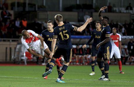 Tottenham chia tay Champions League sau that bai 1-2 - Anh 3