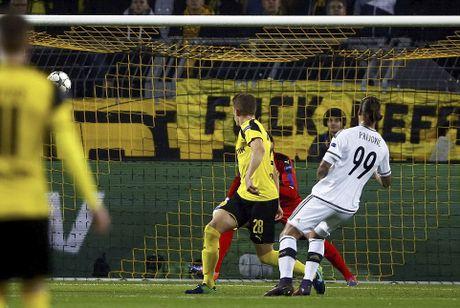 Reus ghi hat-trick trong tran dau lap ky luc ban thang - Anh 3
