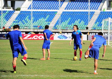 Viet Nam 1-0 Malaysia: Trong Hoang toa sang - Anh 18