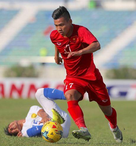 Viet Nam 1-0 Malaysia: Trong Hoang toa sang - Anh 5