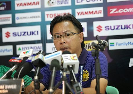 Thua DT Viet Nam, HLV Malaysia van mo vao ban ket - Anh 1