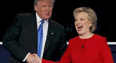 Ong Trump choi chieu 'cao thuong' voi ba Clinton, chung minh dang cap Tong thong - Anh 1