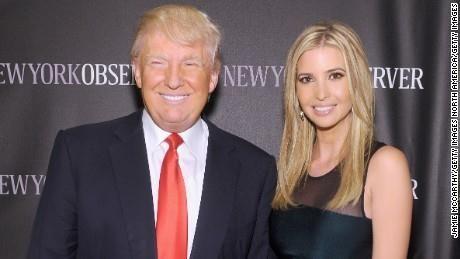 Ong Trump 'cao tay' xoa tan nghi ngo gia dinh ong lam quyen phat trien kinh doanh - Anh 2