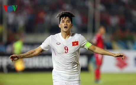 HLV Huu Thang: 'Co hoi chia deu cho ca hai doi' - Anh 1
