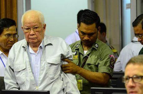 An chung than cho 2 trum Khmer Do pham toi ac chong nhan loai - Anh 1