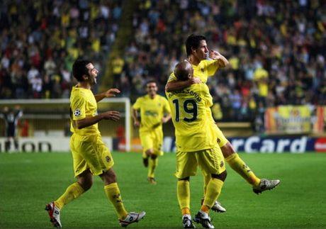 Top 5 tran dau nhieu ban thang nhat tai Champions League - Anh 11