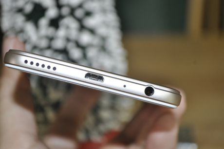 Tren tay smartphone Oppo A39 moi, thiet ke dep - Anh 1