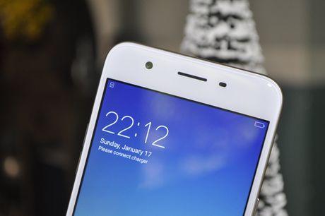 Tren tay smartphone Oppo A39 moi, thiet ke dep - Anh 2