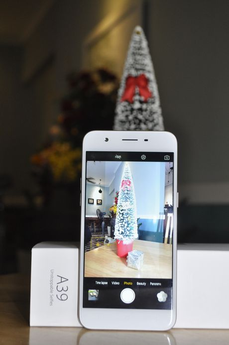 Tren tay smartphone Oppo A39 moi, thiet ke dep - Anh 8