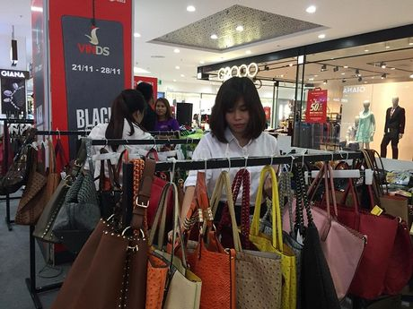 Black Friday : Can trong truoc toi pham cong nghe cao! - Anh 1