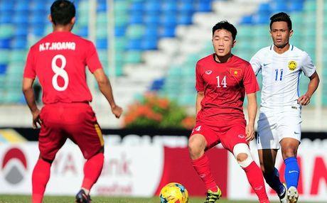 Clip Xuan Truong lam 'dao dien' tran Viet Nam – Malaysia - Anh 1