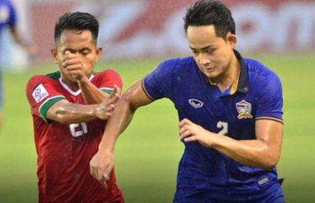 Tuyen thu Indonesia lon tieng hu doa Singapore - Anh 1