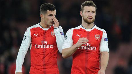 Wenger that vong vi Arsenal khong biet ket lieu tran dau - Anh 1