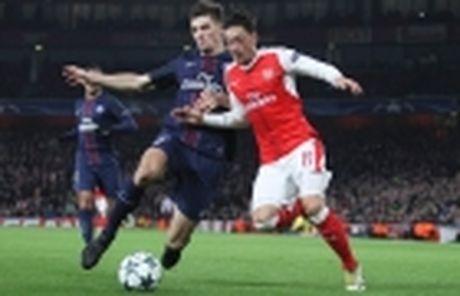 Bi loai khoi CL, Tottenham buoc phai tra lai san Wembley - Anh 3